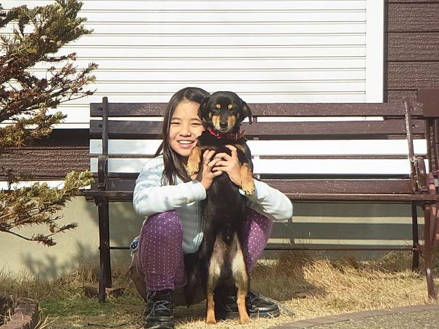 娘さんと愛犬のケンちゃん。